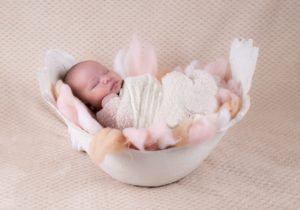 alaptare bebelus